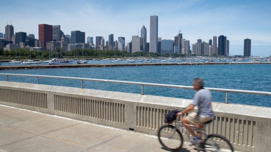 Exploring Chicago by Bike