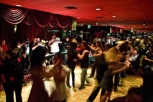 Los Angeles Salsa Dancing