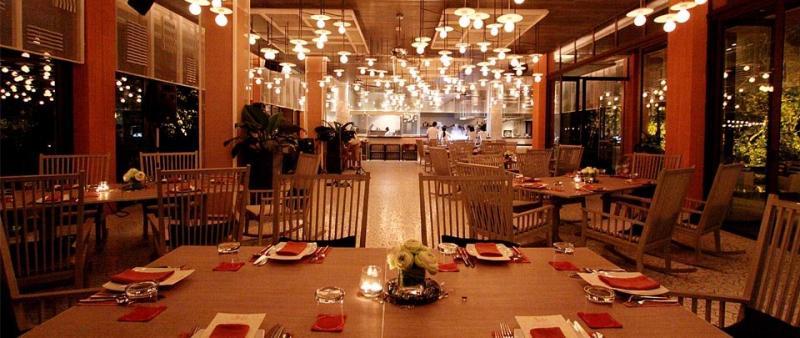 Sri Panwa Resort restaurant