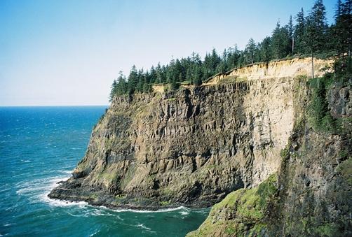 pacific city cliffs