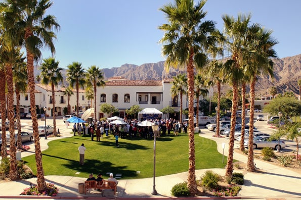 sunday in old town la quinta 52 perfect days. Black Bedroom Furniture Sets. Home Design Ideas
