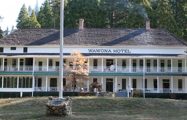 wawona hotel yosemite