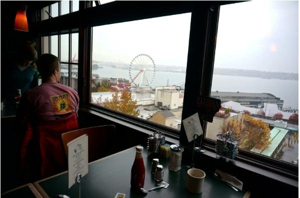 Seattle, Lowells, Pike Place Market, Breakfast
