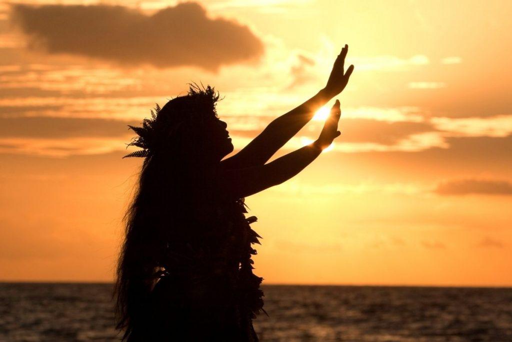 Hula Show in Oahu
