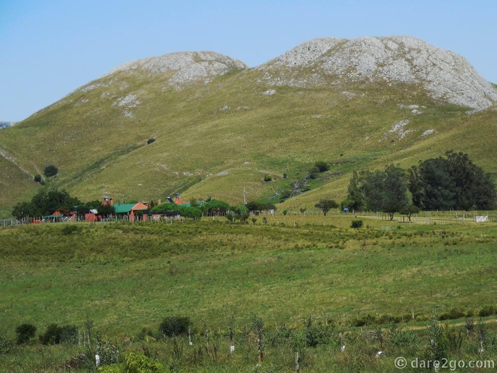 Minas Uruguay - granite peak near Penitente waterfall