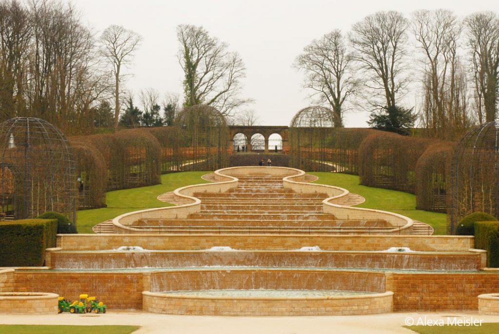 alnwick-garden-water-cascade-england