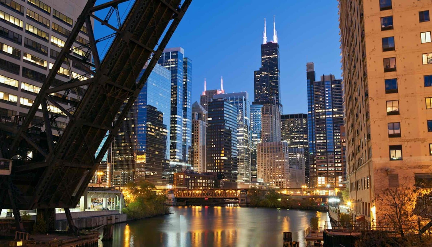 5 unique things you 39 ll find at chicago hotels 52 perfect for Romantic hotels in chicago