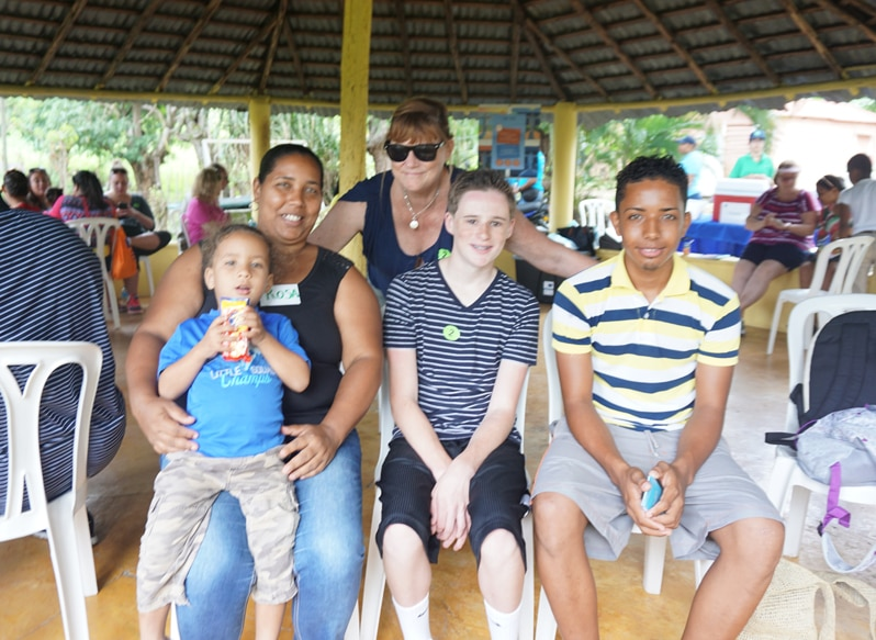Dominican Republic Community English Volunteer activity with Fathom cruise