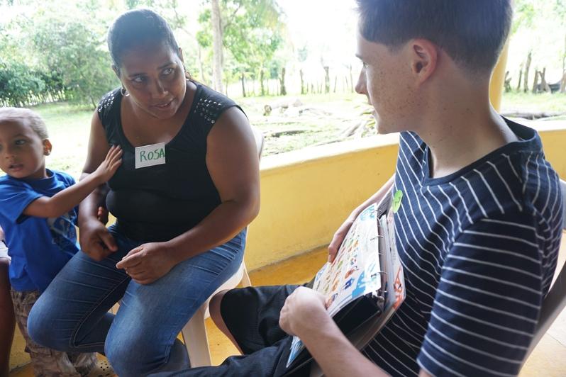 Dominican Republic Community English Volunteer activity with Fathom cruise