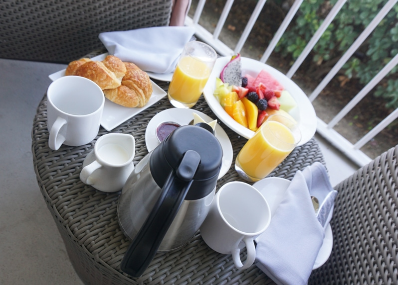 Coronado Island Marriott Resort breakfast room service