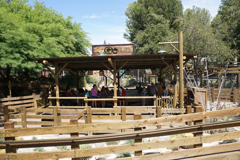 Knott's Berry Farm Ghost Town Alive Pan for gold