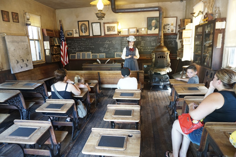 Knott's Berry Farm Ghost Town Alive Schoolhouse