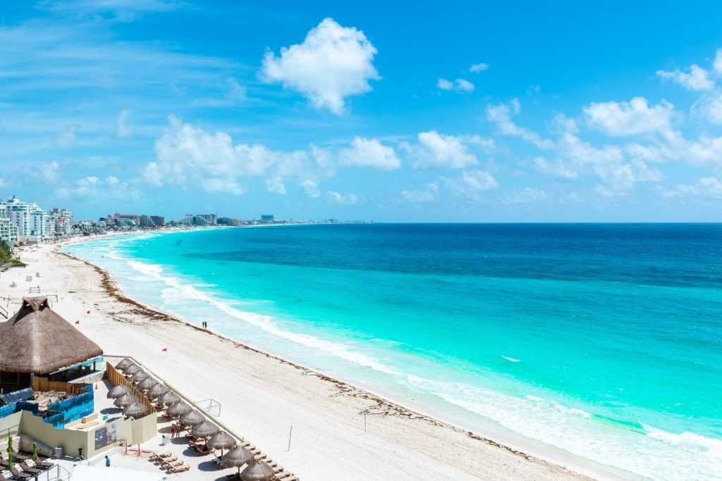 Aruba has a tropical Savannah climate