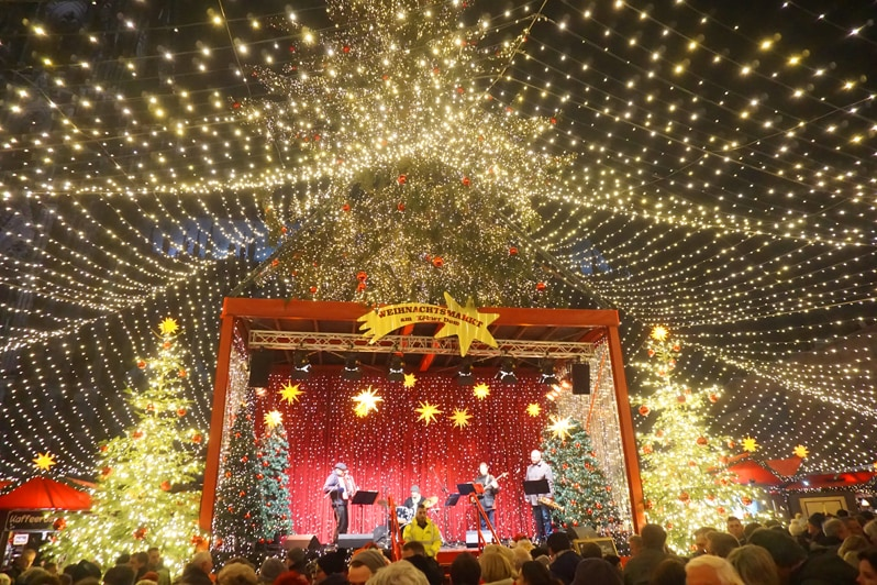 38 Most Magical Christmas Markets in