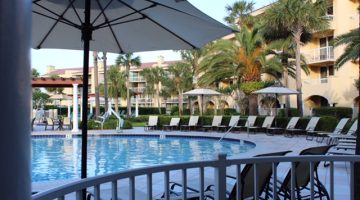St. Simons Island, Georgia: The King and Prince Beach and Golf Resort spectacular pool area