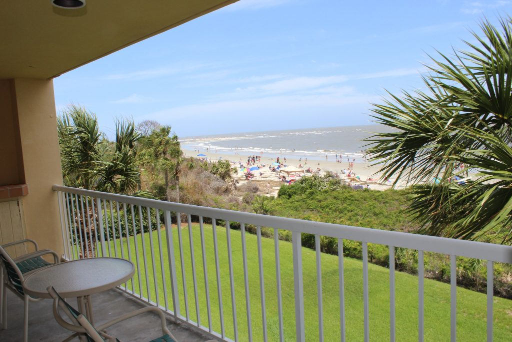 St. Simons Island, Georgia: The King and Prince Beach and Golf Resort villa accommodations view from the balcony