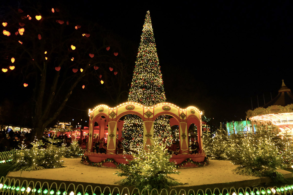 Copenhagen (Tivoli Christmas Market)