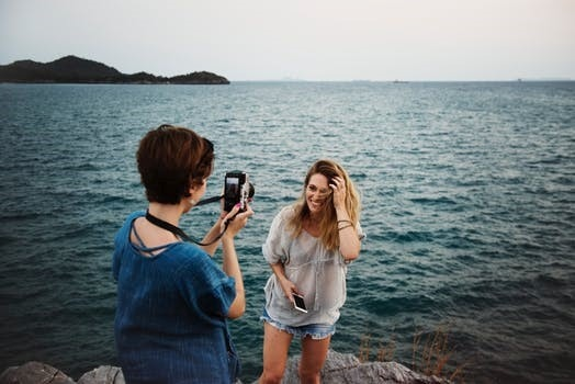 photography tips for couples holiday