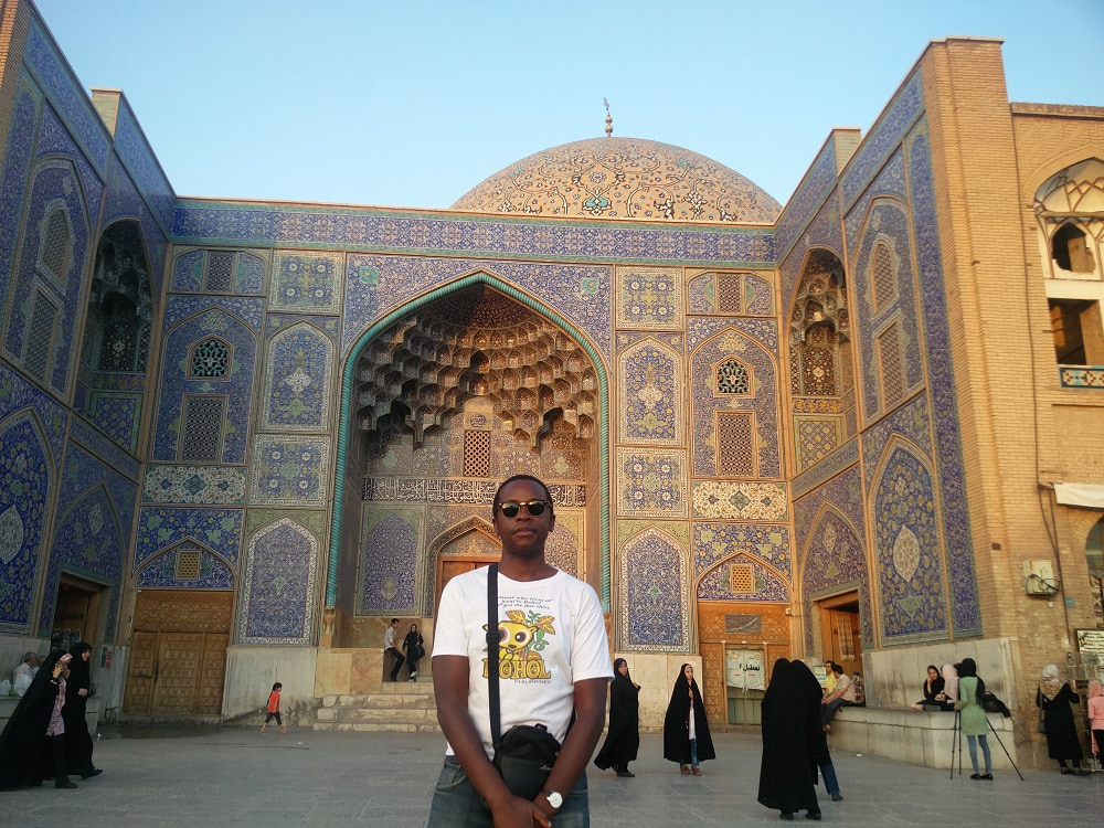 Roobens Fils travel blogger in Iran