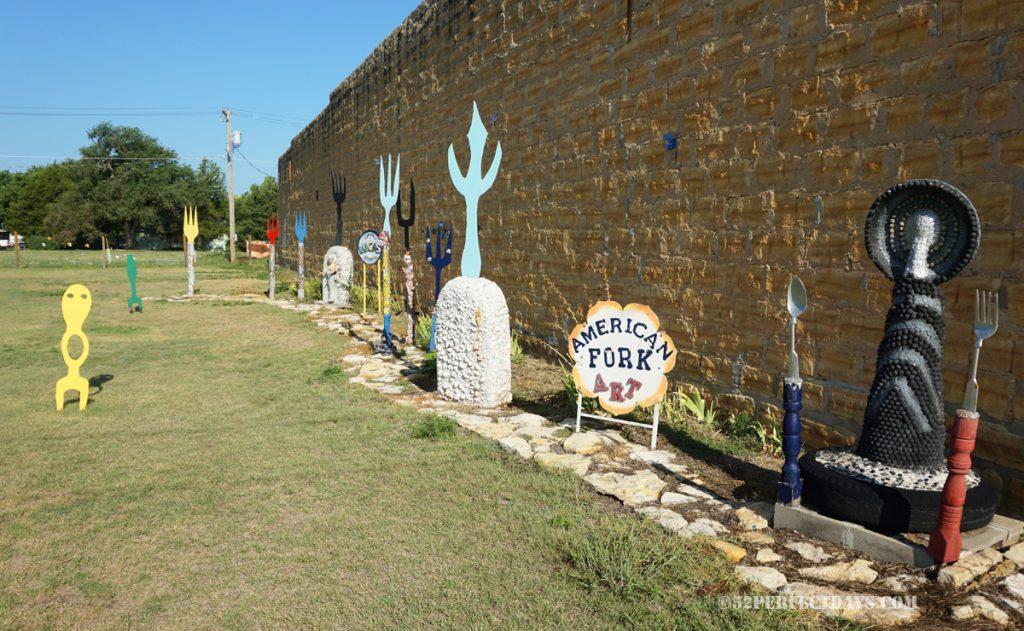 Fork Art Park, Lucas Kansas