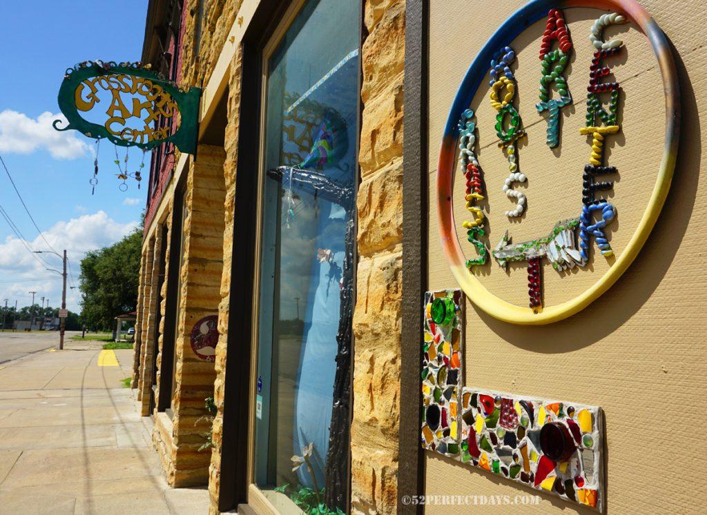 Grassroots Art Center
