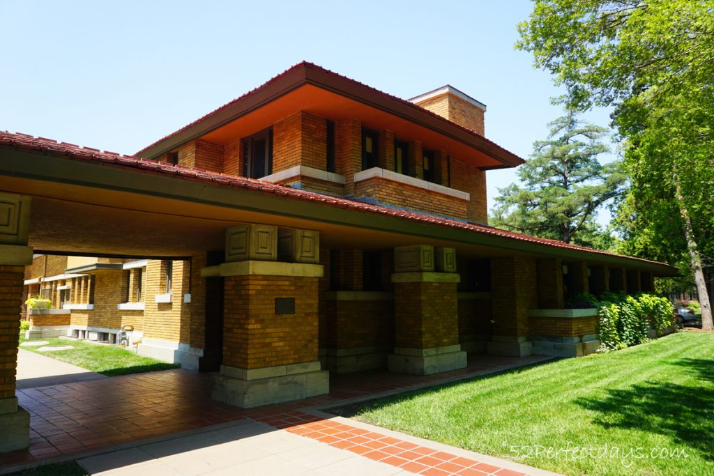Frank Lloyd Wright House roof
