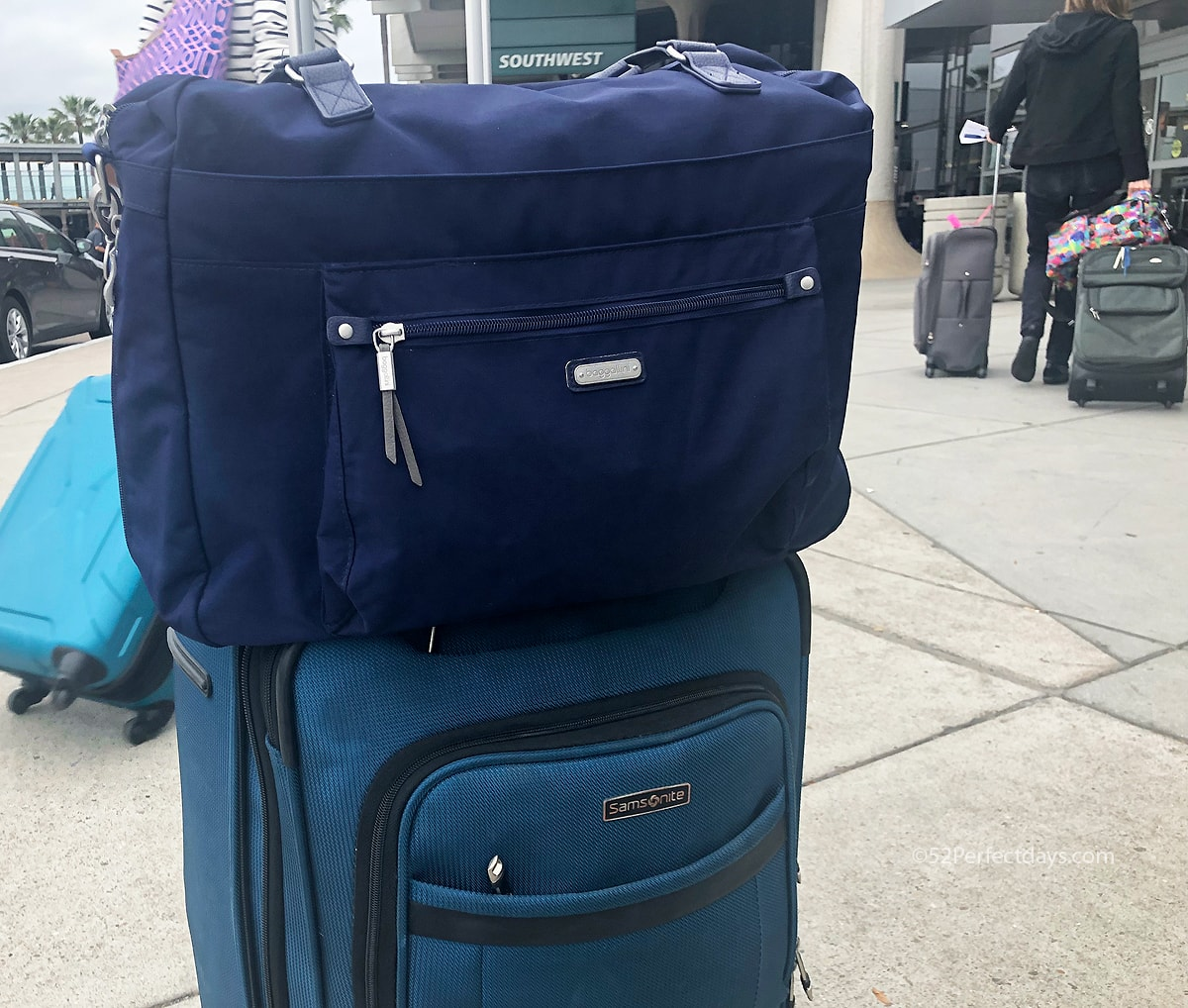 592087c64fb9 How to Pack for 2 Weeks in Europe (in one suitcase) - 52 Perfect Days