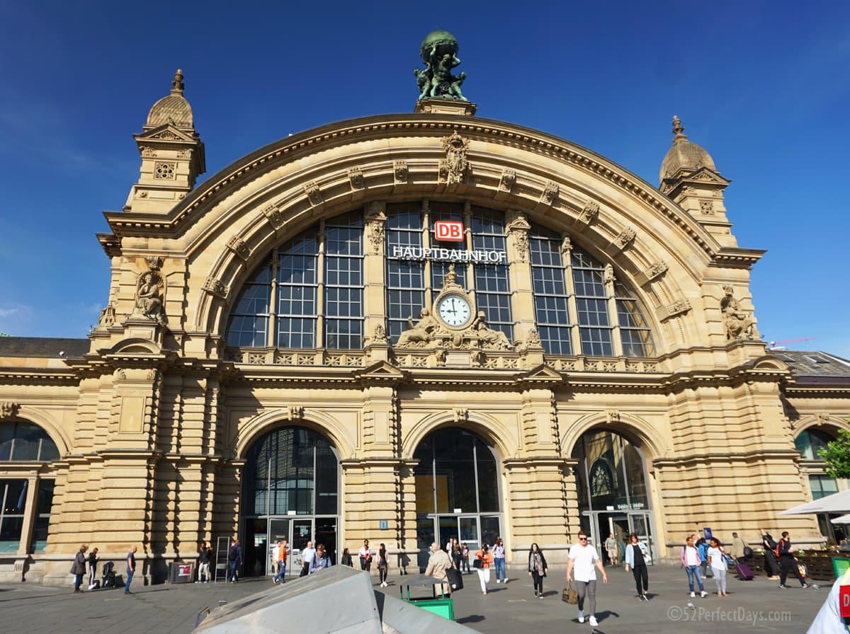 main station (Hauptbahnhof) in Frankfurt