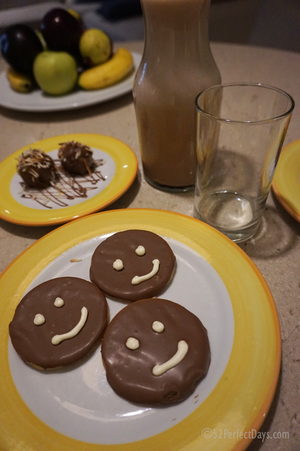 cookies and chocolate milk