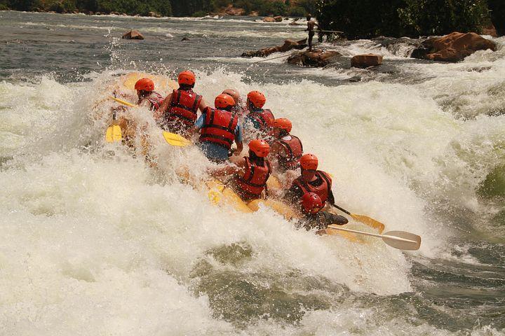 Jinja-Uganda White water rafting