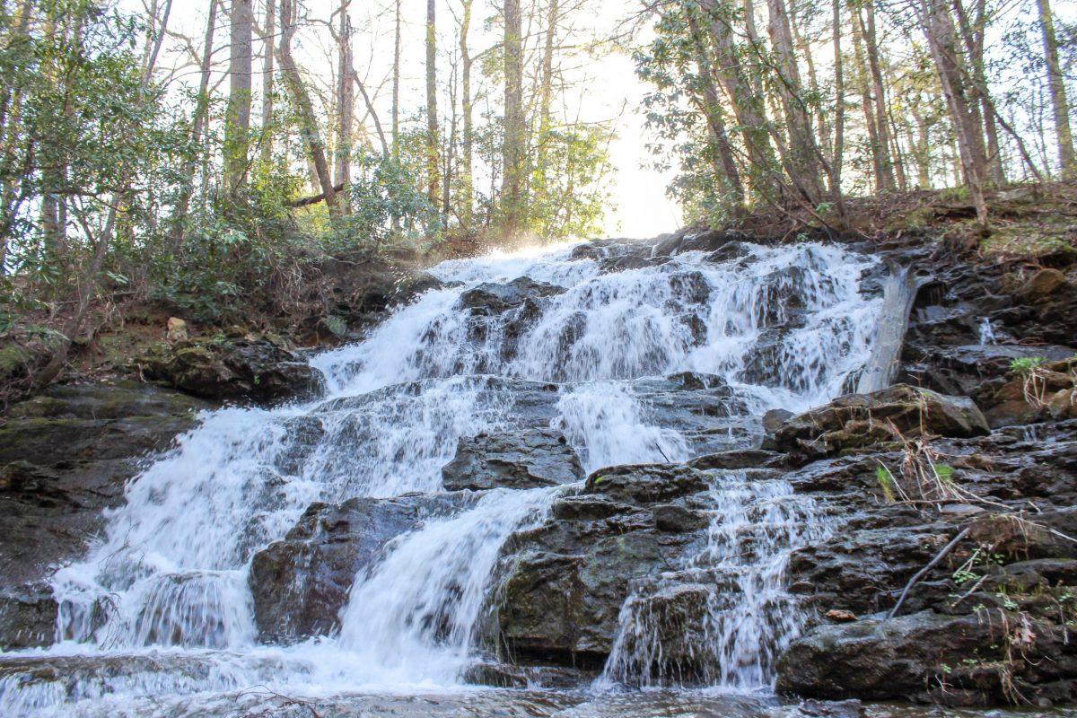 lake trahlyta falls vogel state park blairsville georgia