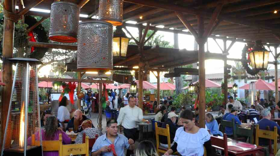 Casa de Reyes Restaurant
