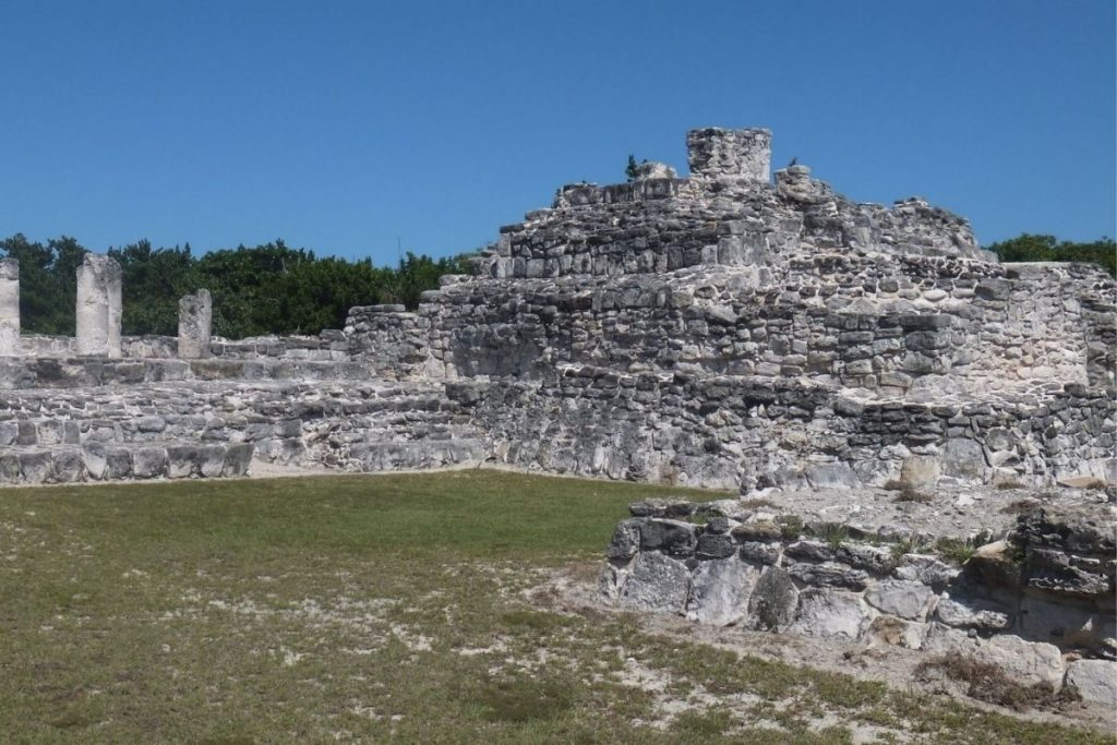 El Rey mayan ruins in Cancun